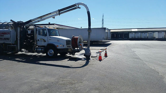 Vactor Truck in ACTION in McCook, IL